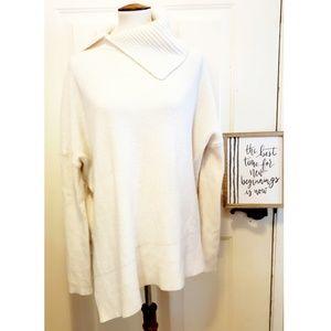🎉All Saints White Knit Symmetrical Sweater🎉